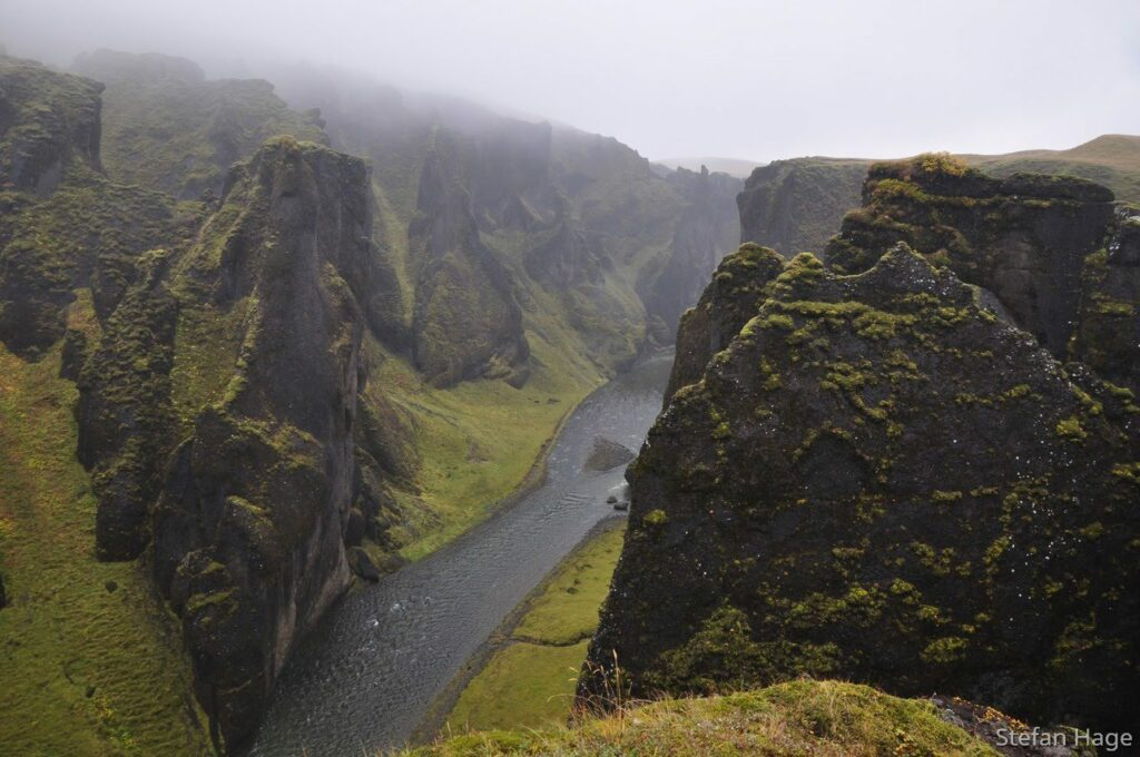 Fjaðrárgljúfur IJsland